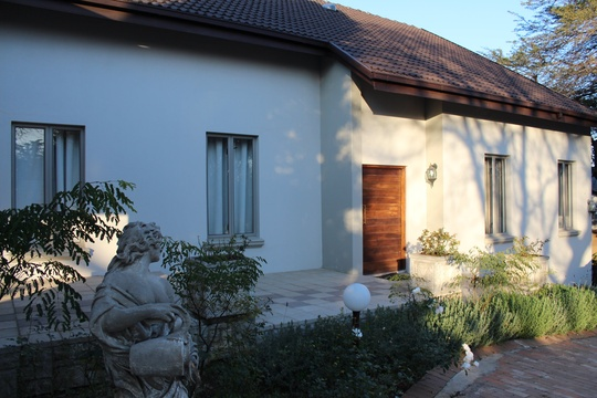 Bergliot Guest House, accommodation in Eastleigh Ridge, Edenvale close to OR Tambo International